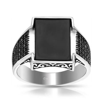 Кольцо-печатка из серебра с агатом и фианитами