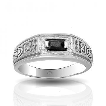 Кольцо-печатка из серебра с фианитом