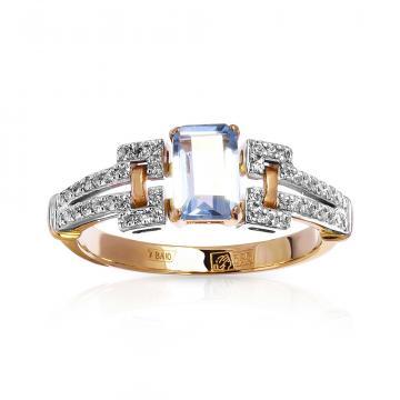 Кольцо с топазом и фианитами из красного золота