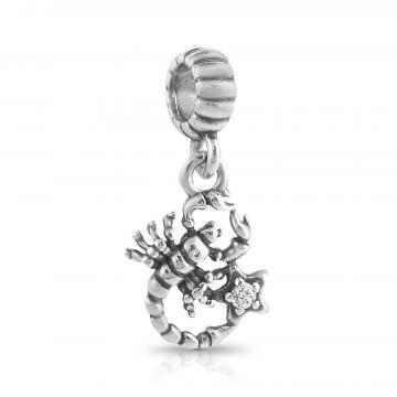 Подвеска-шарм Скорпион с фианитом из серебра